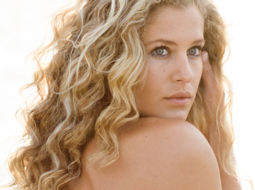 How To Embrace Natural Beauty with Professional Hair Color